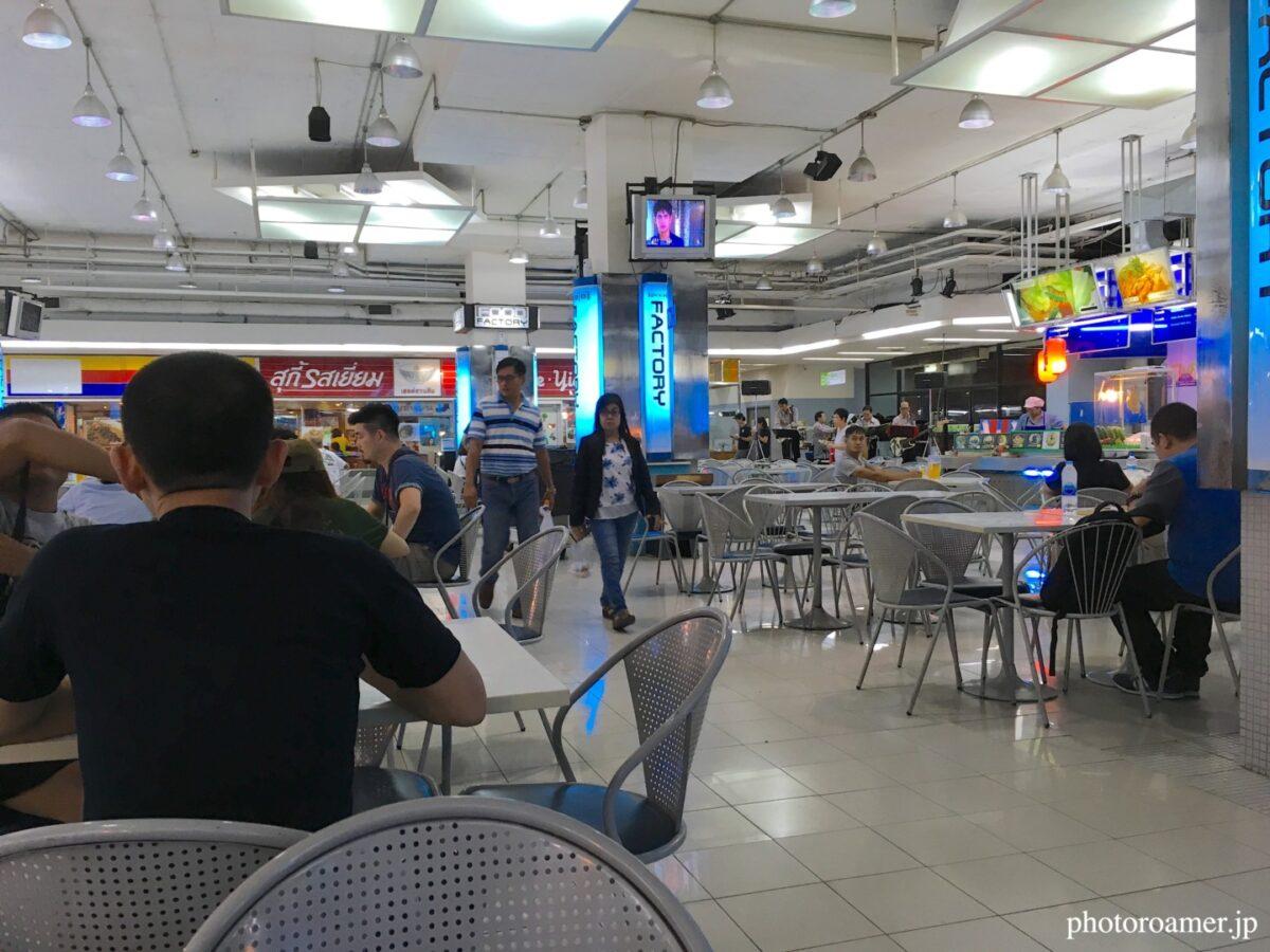 タイ チェンマイ 夕食 スーパー店内