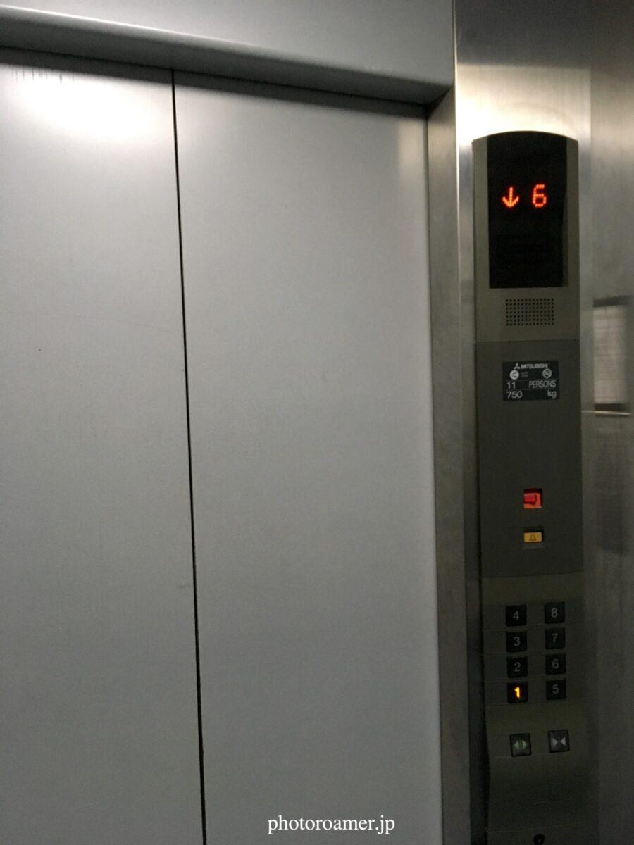タイ チェンマイ アパート エレベーター