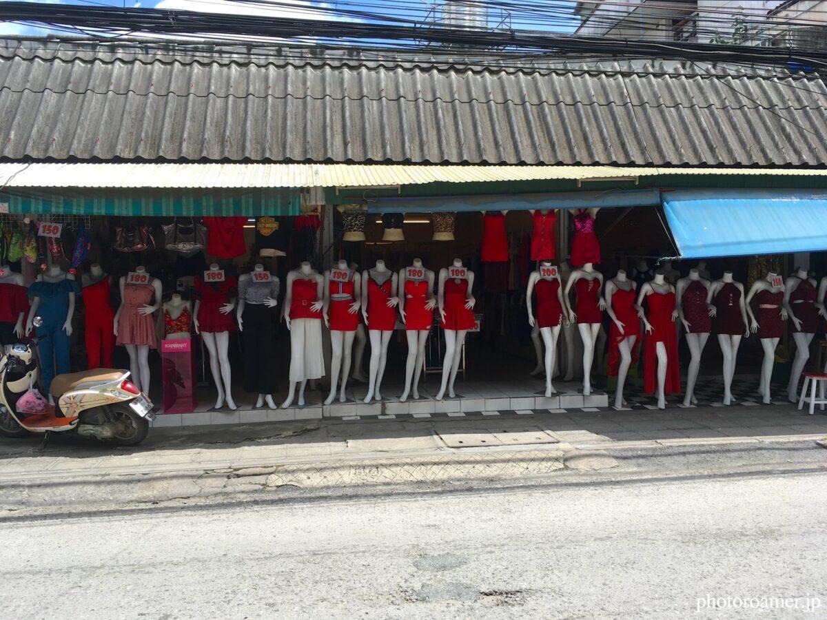 タイ チェンマイ 通り ドレス