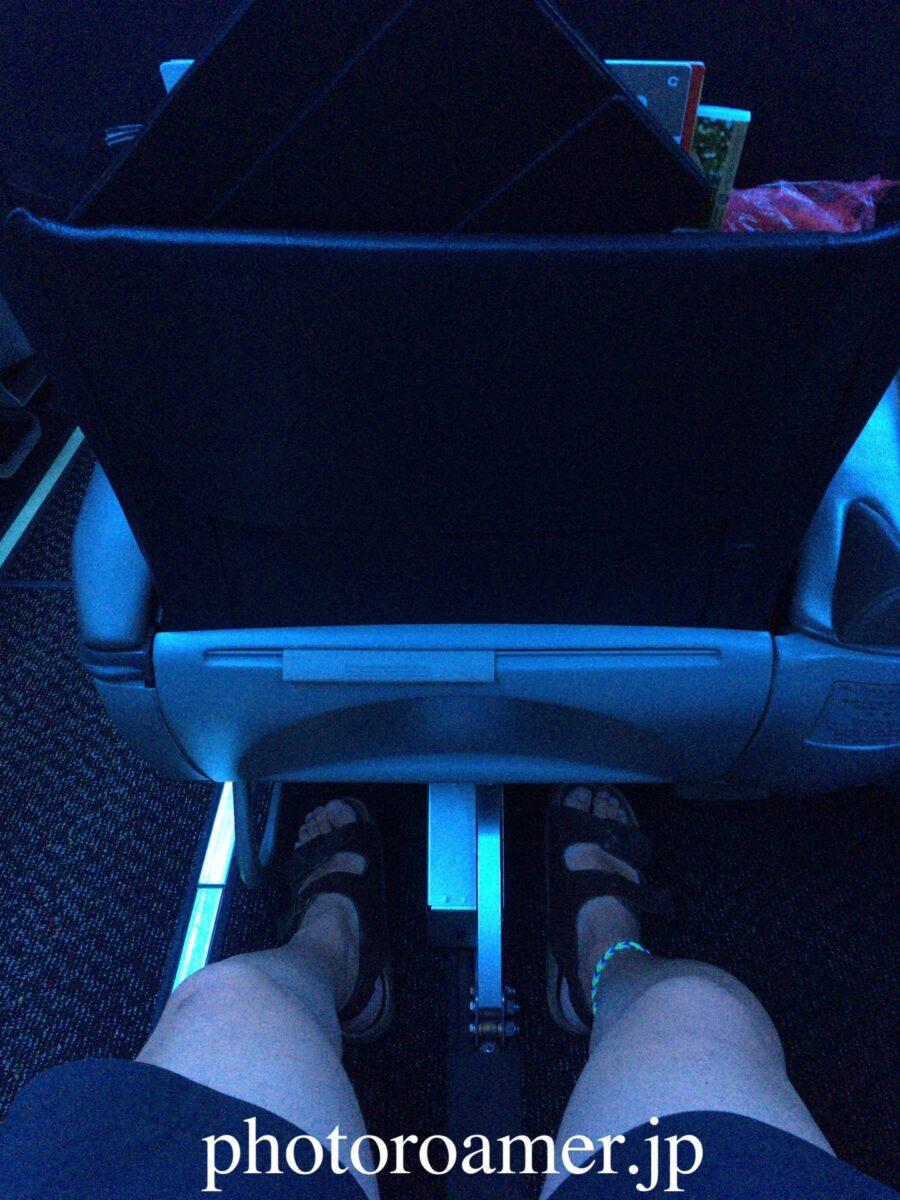 JAL クラスJ 座席 スペース