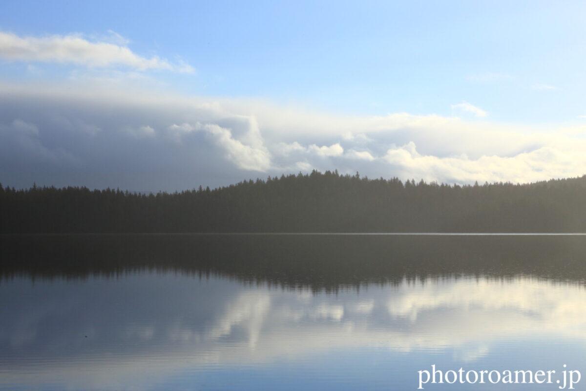 アラスカ 島 湖面
