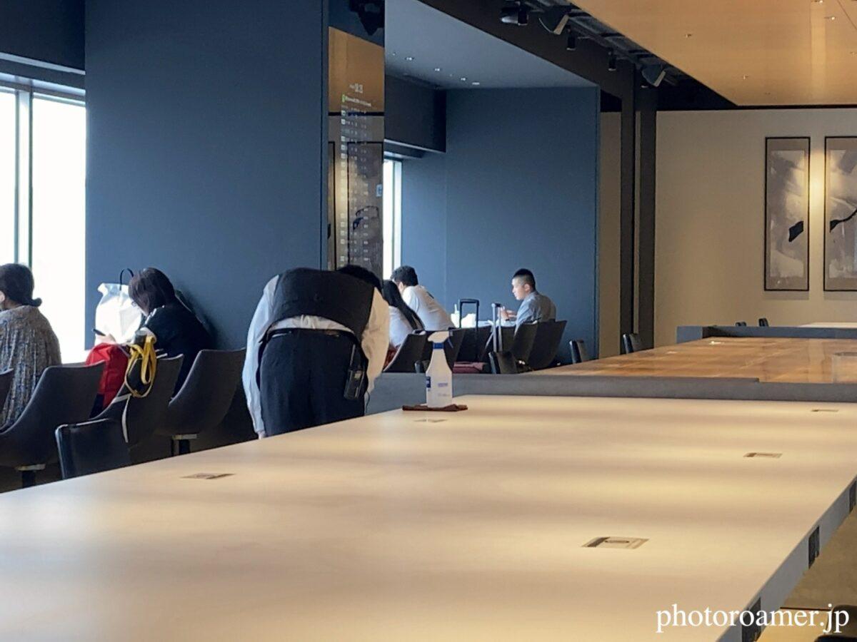 羽田空港 パワーラウンジサウス 清掃