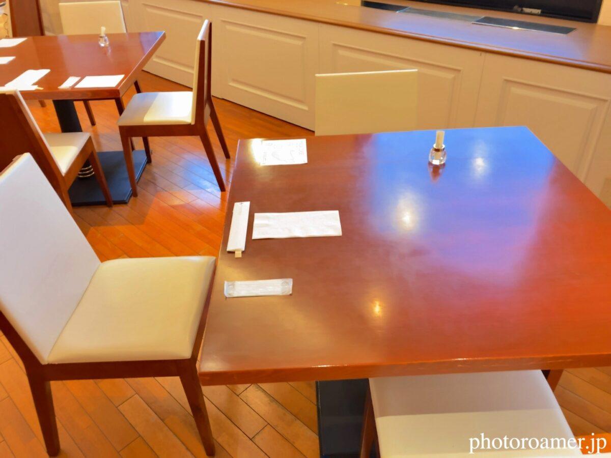 プレミアホテル中島公園札幌 朝食会場 座席