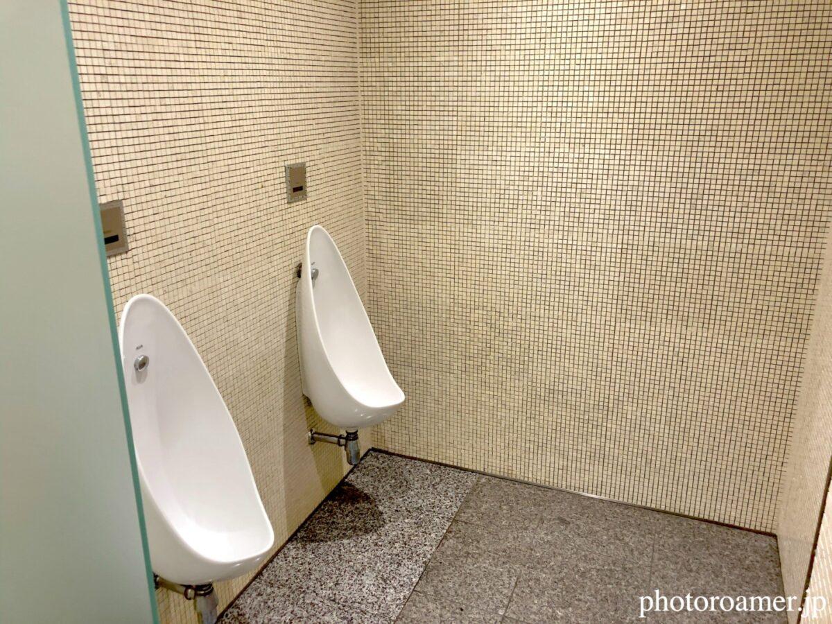 六花亭 帯広本店 喫茶室 トイレ 便器