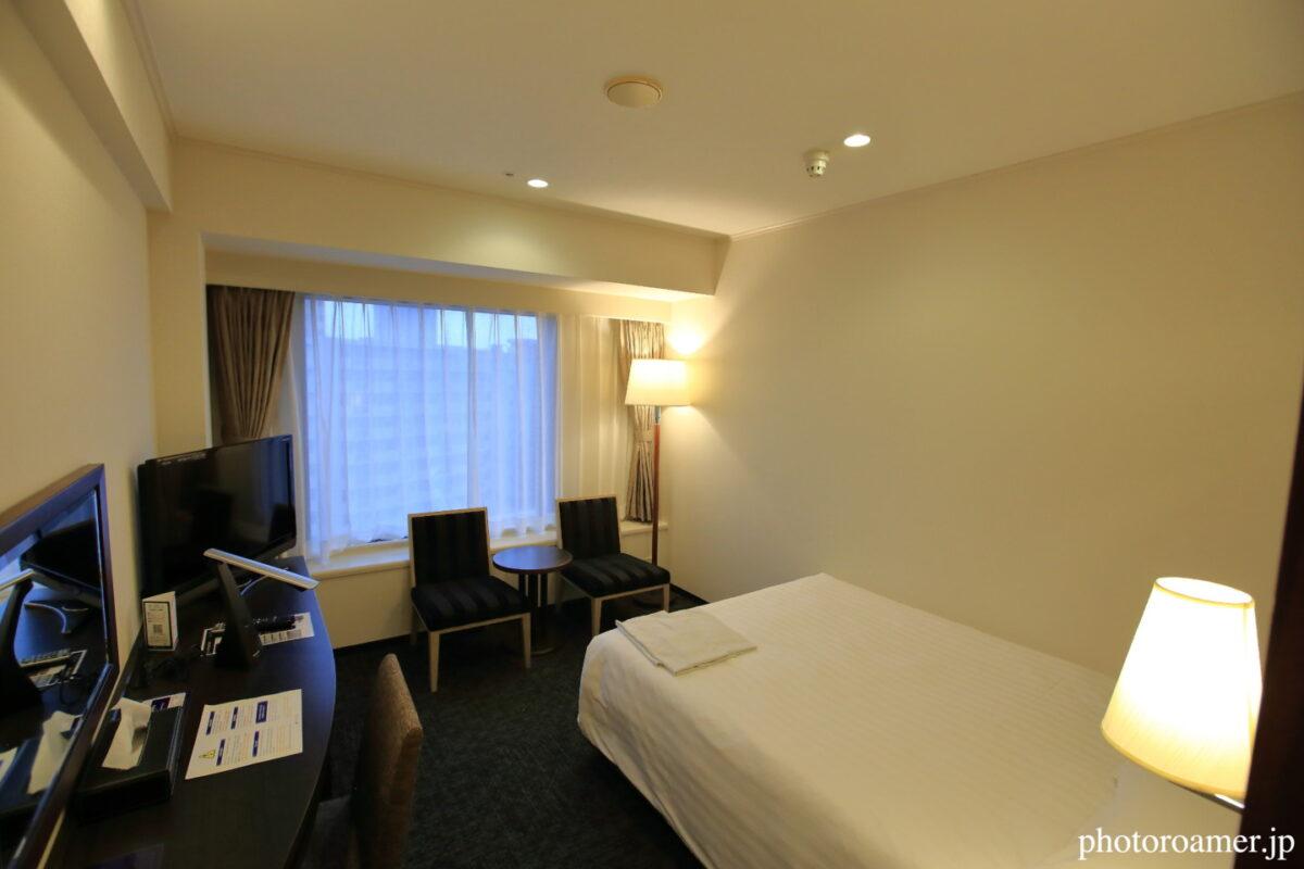 プレミアホテル中島公園札幌 部屋 入り口からの視点