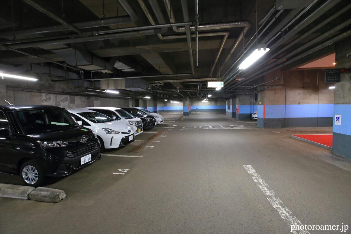 プレミアホテル中島公園札幌 地下駐車場 様子